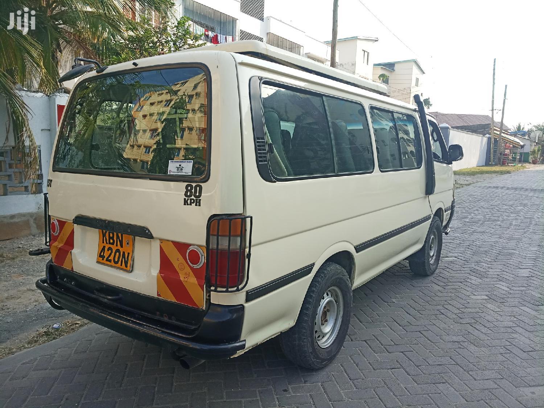 Toyota Hiace 2006 White | Buses & Microbuses for sale in Tudor, Mombasa, Kenya