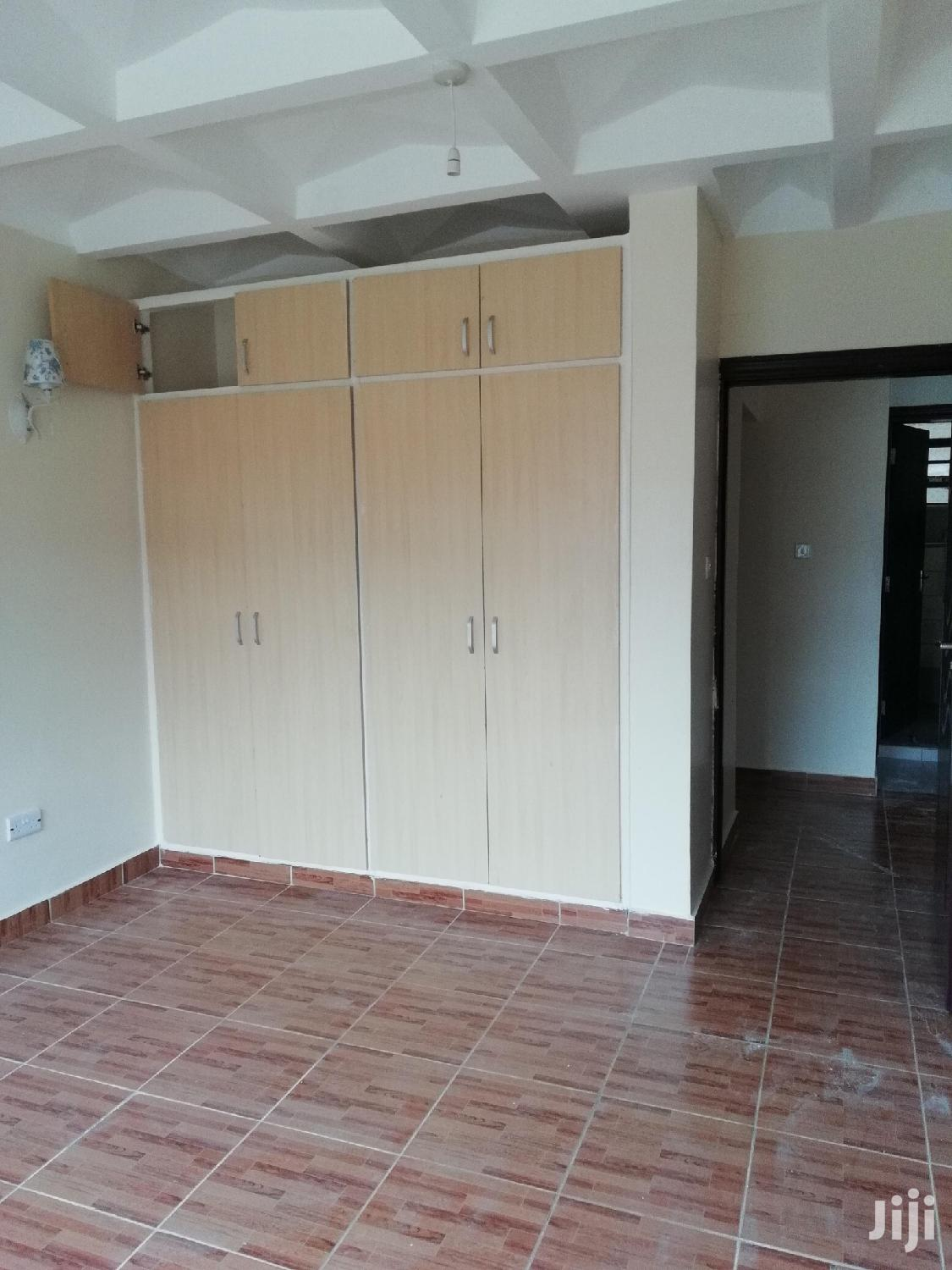 Property World;2brs Apartment With Borehoe And Very Secure | Houses & Apartments For Rent for sale in Lavington, Nairobi, Kenya