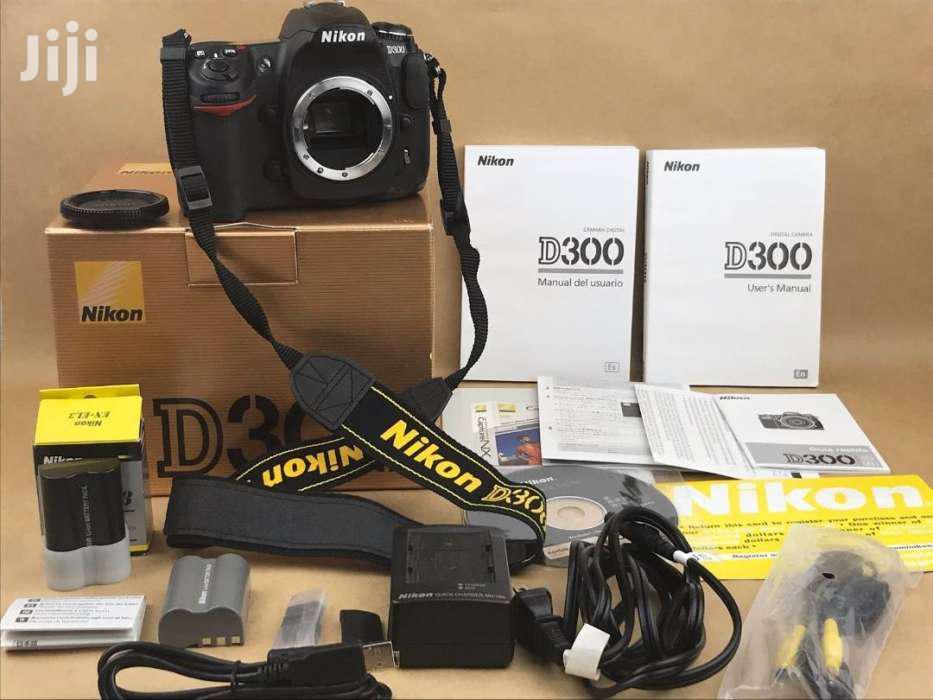 Nikon D300 With AF-S DX VR Zoom 18 - 55mm -boxed | Photo & Video Cameras for sale in Parklands/Highridge, Nairobi, Kenya
