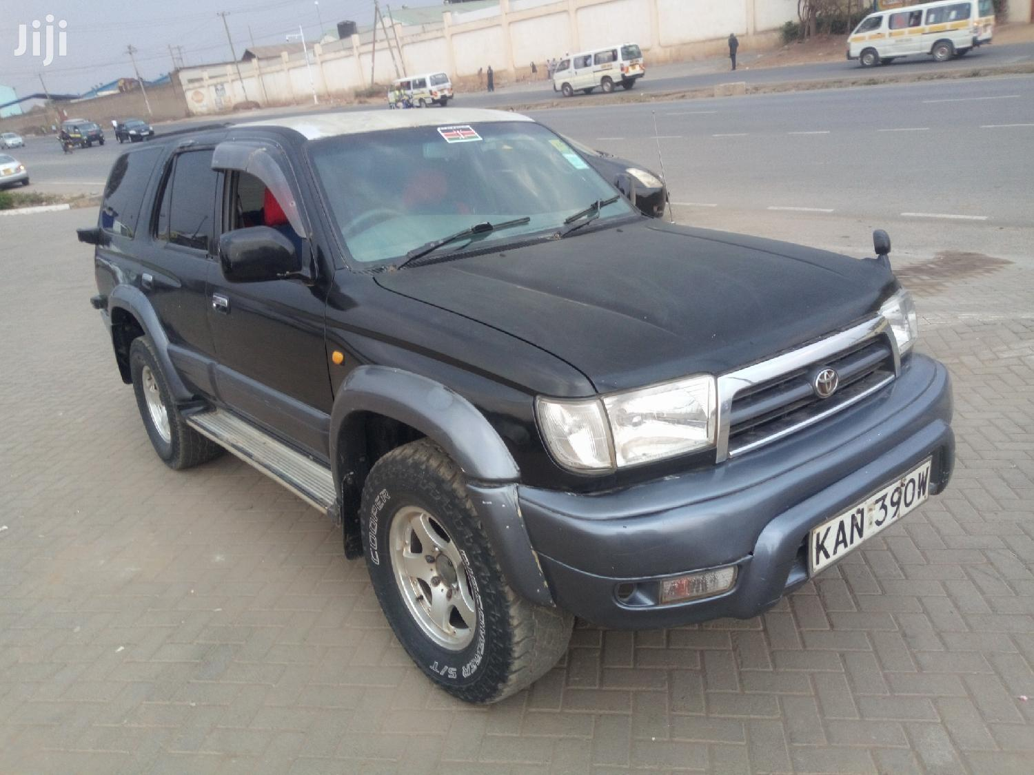 Toyota Surf 2000 Black | Cars for sale in Nairobi Central, Nairobi, Kenya