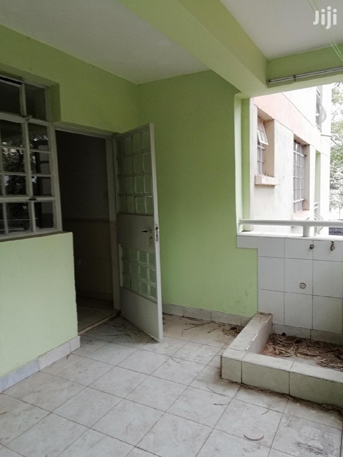 Property World,Sq With Kutche,Wardrobes and Very Secure | Houses & Apartments For Rent for sale in Kileleshwa, Nairobi, Kenya
