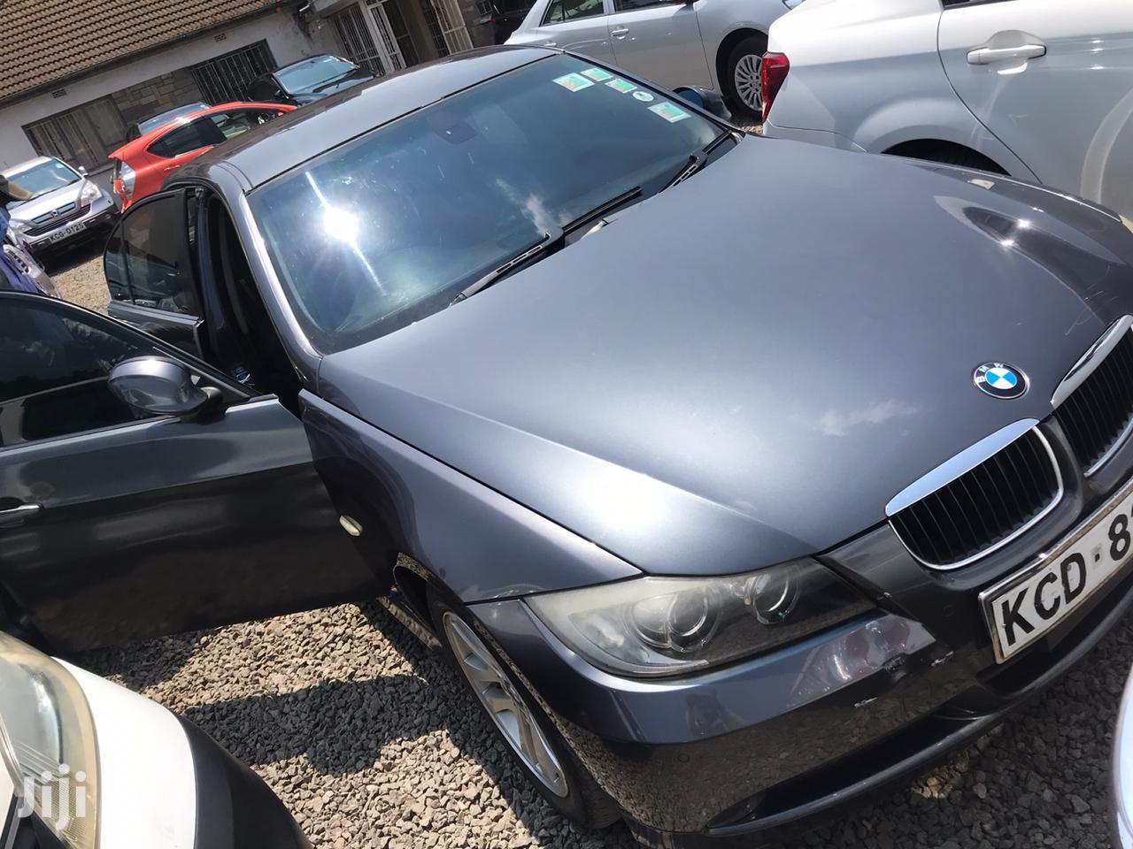 BMW 320i 2008 Gray