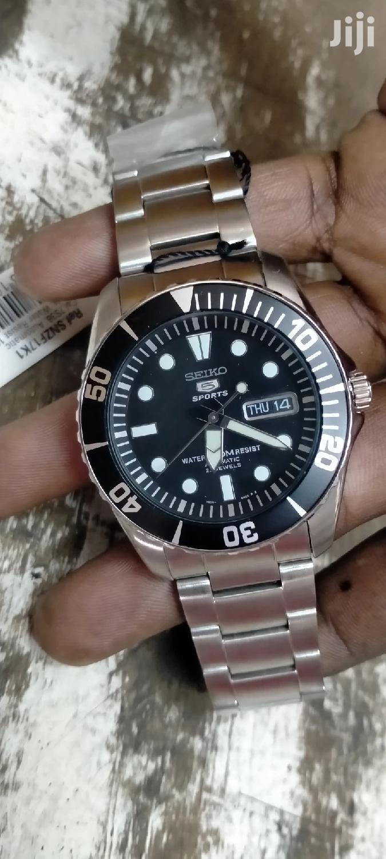 Quality Seiko 5 Mens Watch