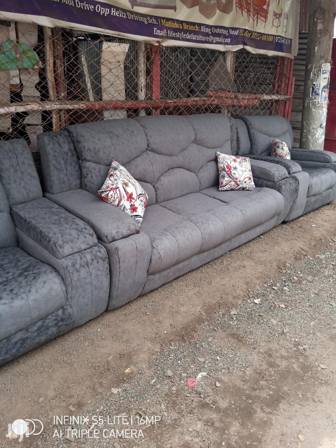 5 Seater Recliner Sofa's