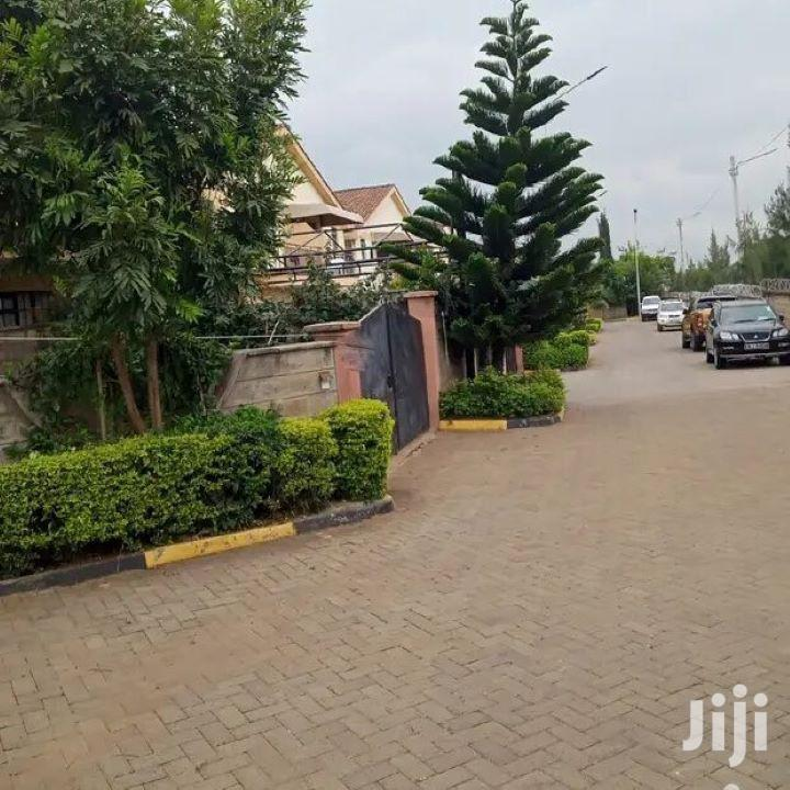 House To Let Executive Estate South B