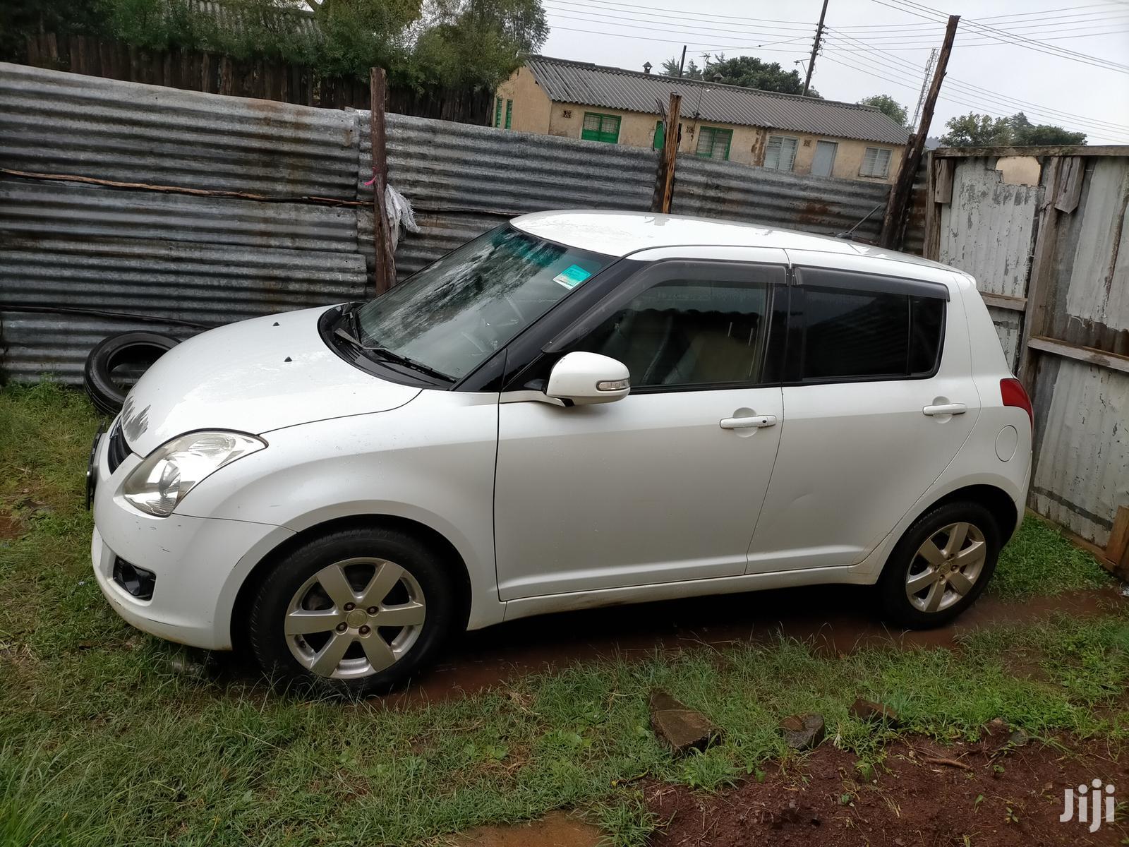 Archive: Suzuki Swift 2008 1.3 White