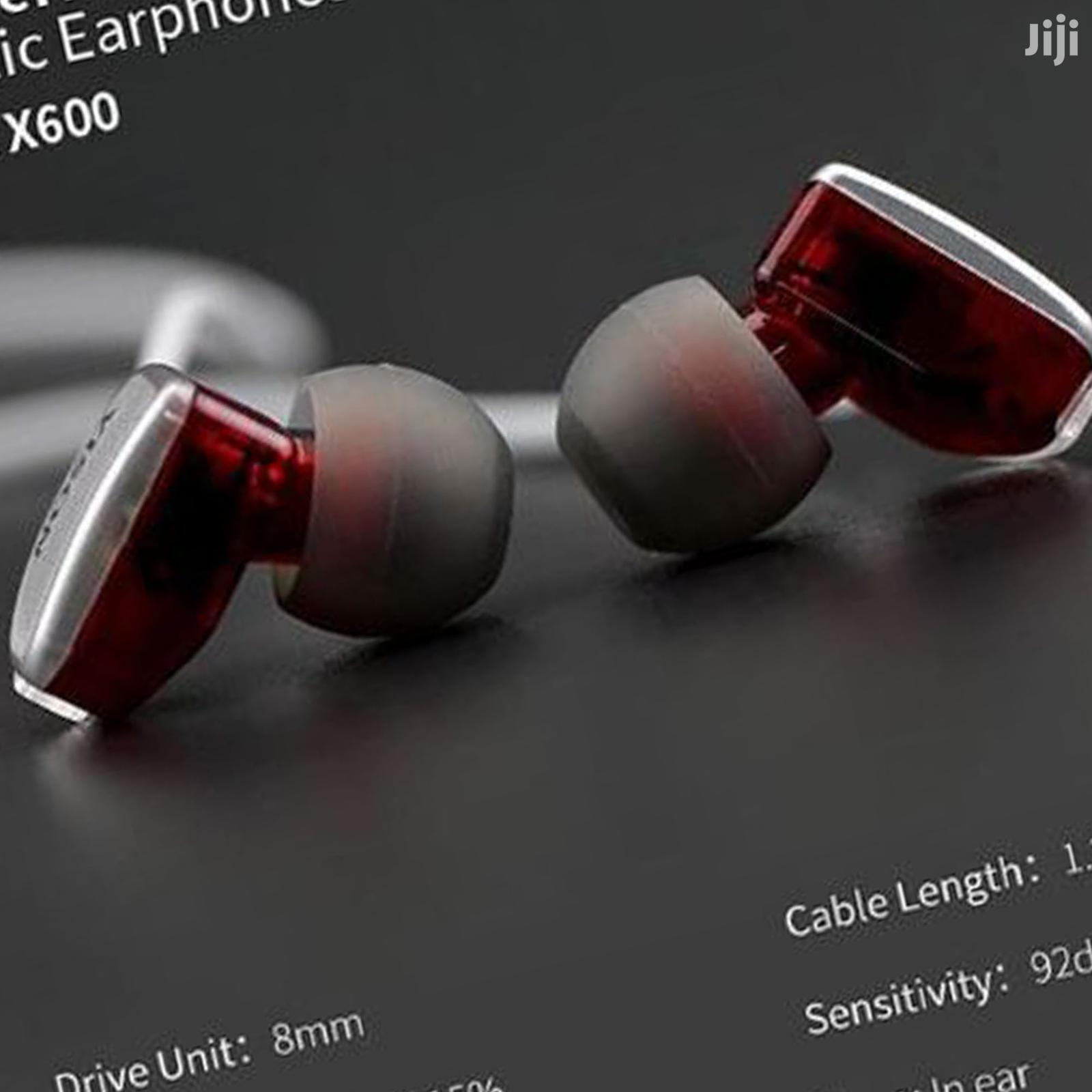 Megabass Powerful Earphones