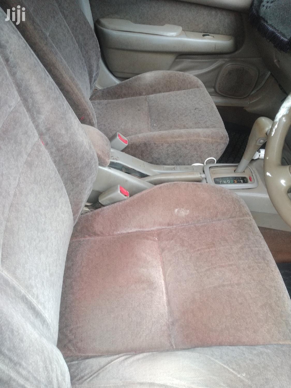 Archive: Toyota Corolla 2000 White
