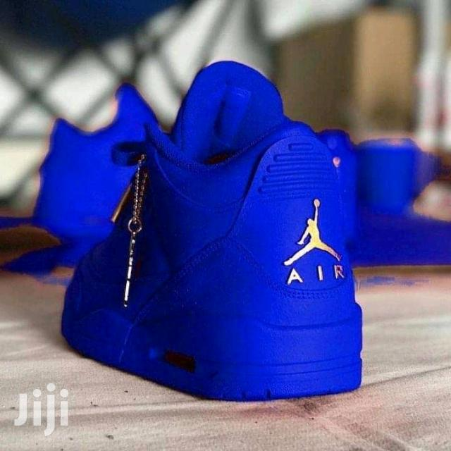 Archive: Jordan IV Sneakers