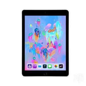 New Apple iPad 9.7 128 GB
