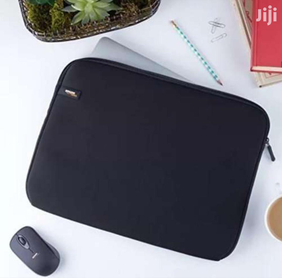Amazon Basic Cushioned Laptop Sleeve