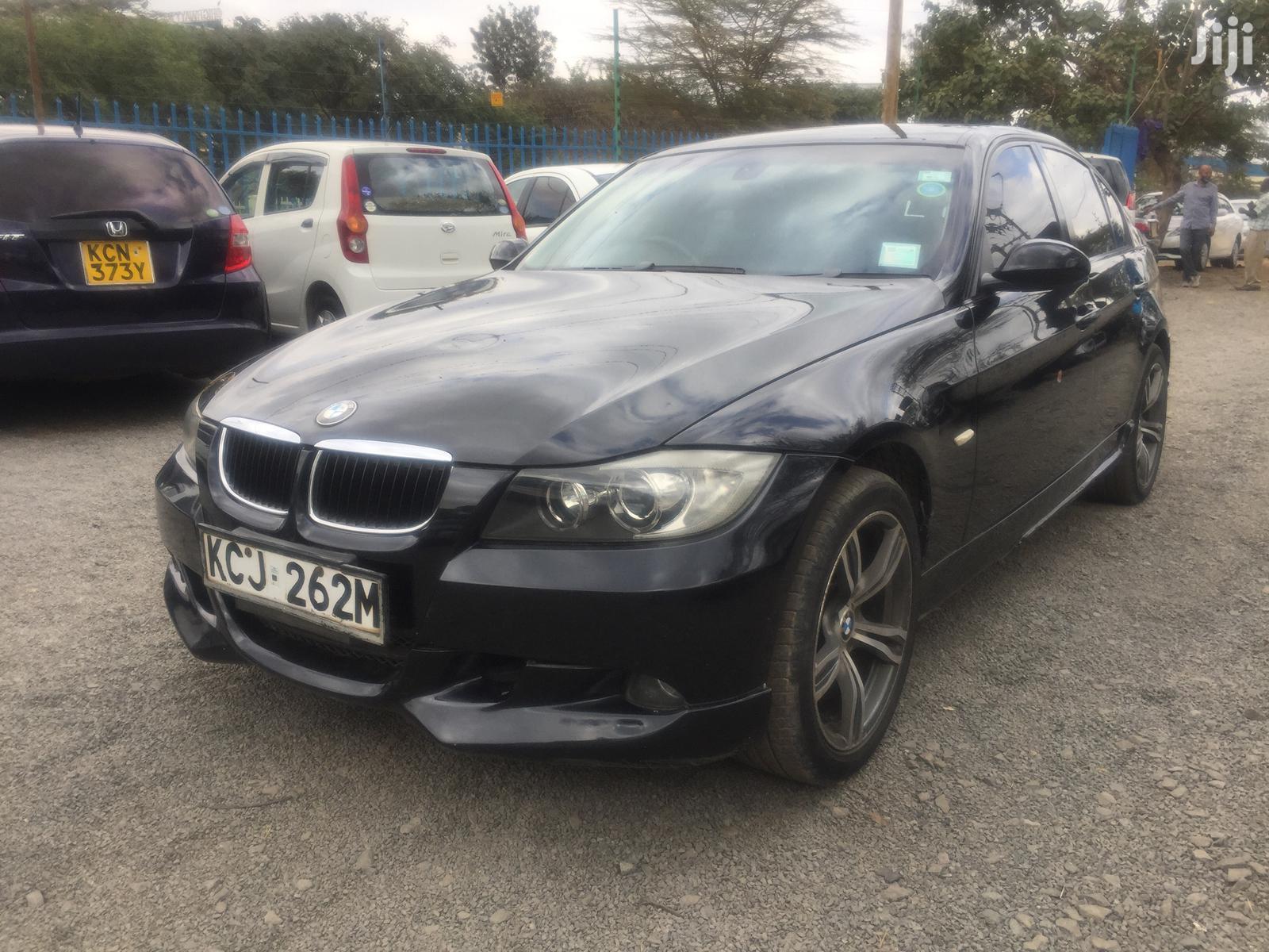 BMW 320i 2009 Black