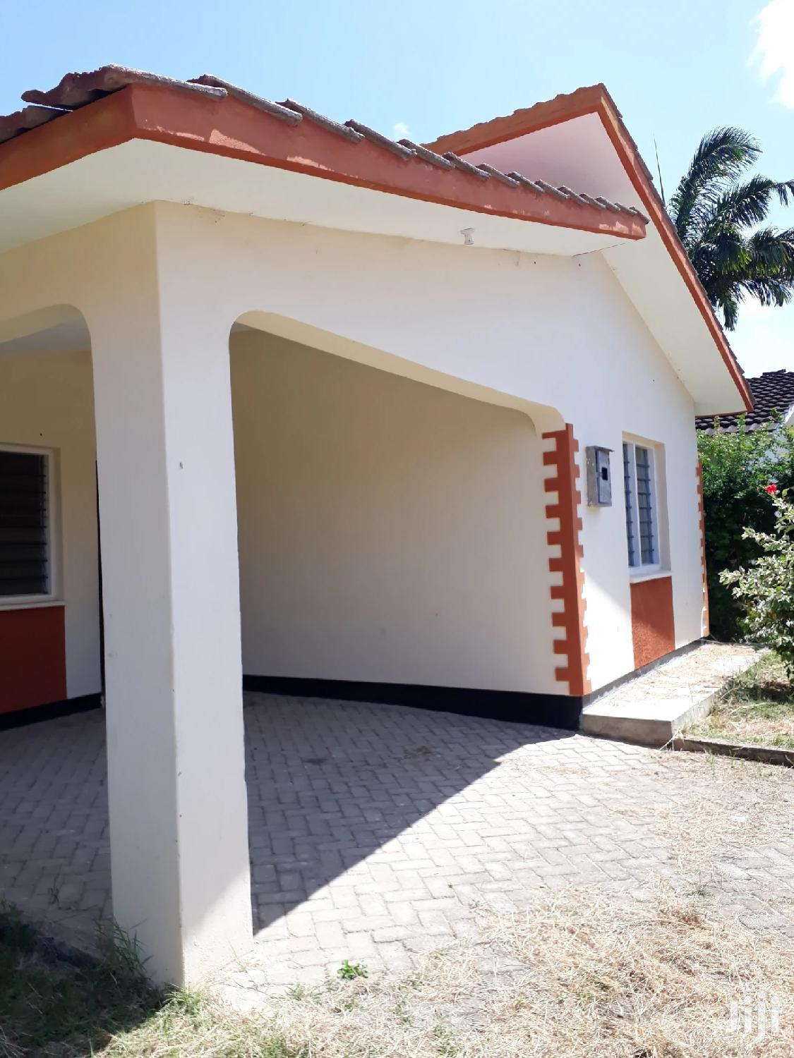 For Sale 3 Bedrooms Bungalow Mtwapa   Houses & Apartments For Sale for sale in Mtwapa, Kilifi, Kenya