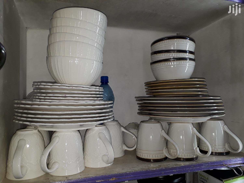 24pc Ceramic Dinner Set/Dinner Set/Unique Dinner Set