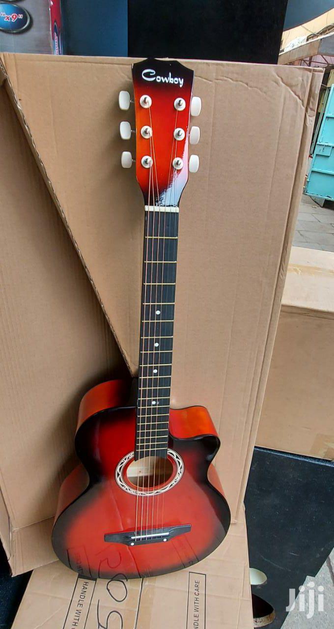 Archive: Acoustic Guitar Size 38