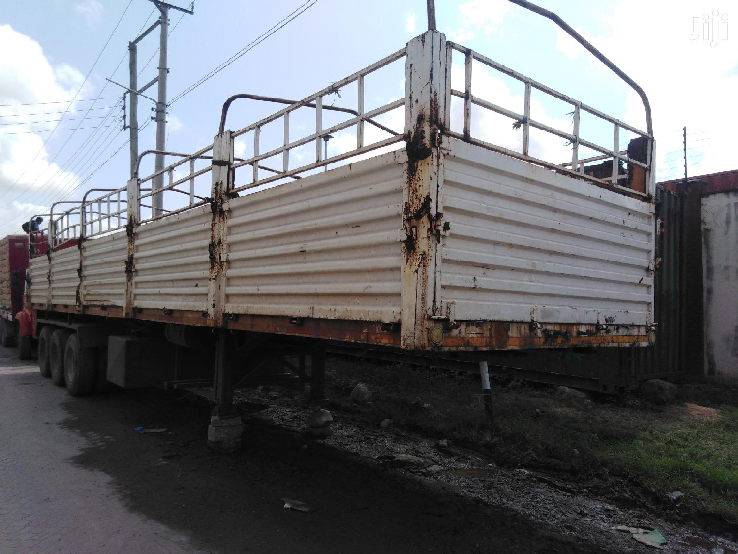 BHACHU Highsided Trailer ZC In Good Running Condition