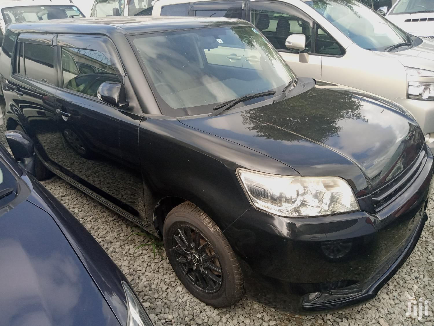 Archive: Toyota Corolla Rumion 2013 Hatchback 1.5 FWD Black