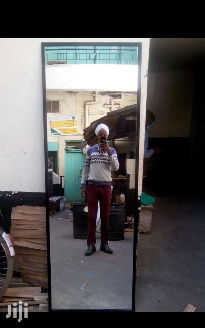 Archive: 2×6 Ft Mirror