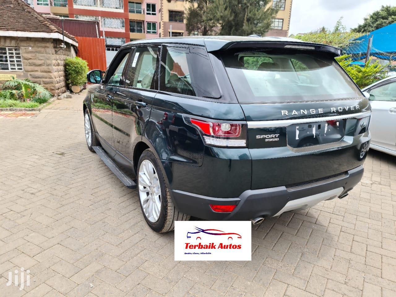 Archive: Land Rover Range Rover Sport 2014 HSE 4x4 (3.0L 6cyl 8A) Green