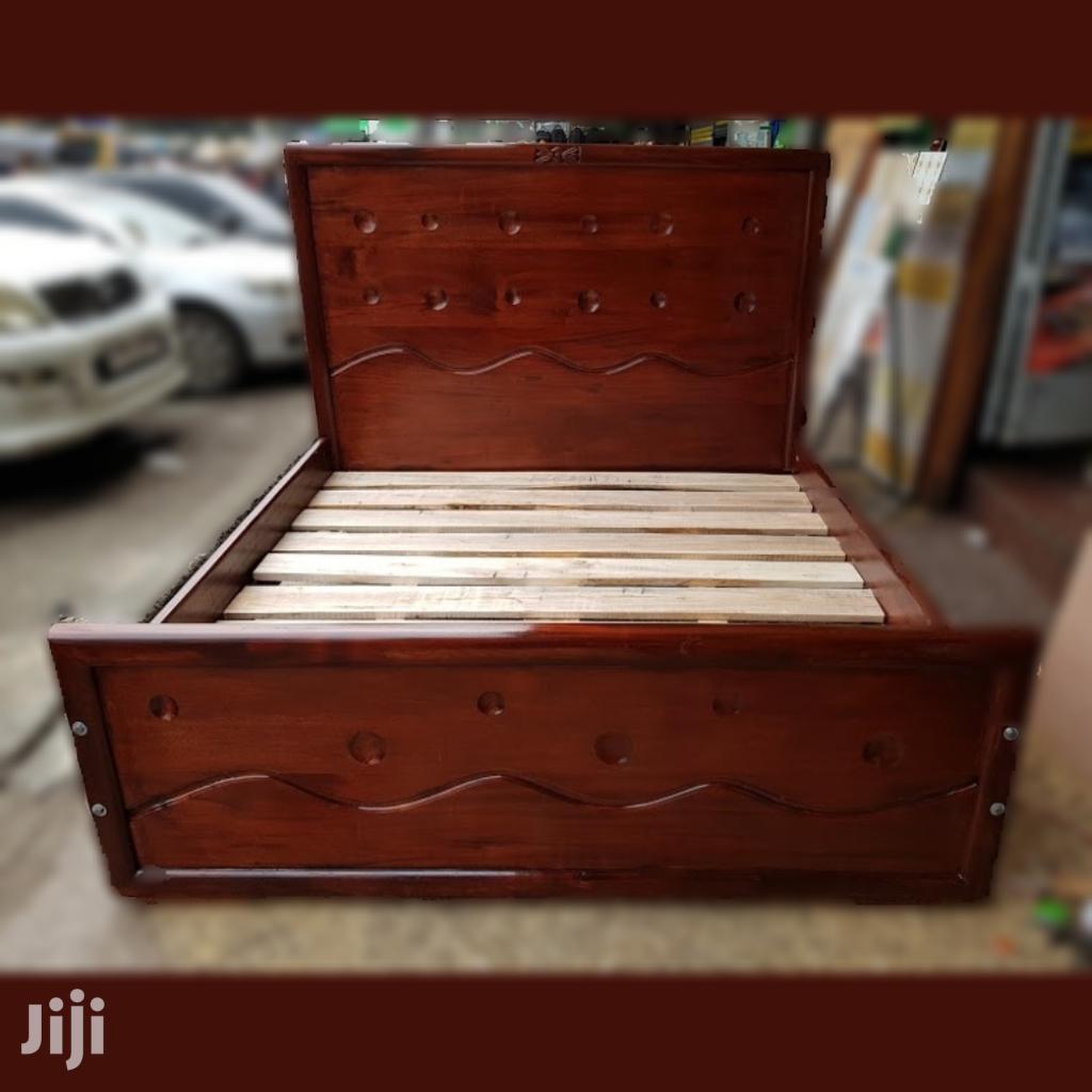 5 X 6 Mahogany Bed. *Quality*