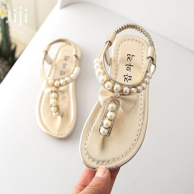 Archive: Fashion Cream Baby Girl Buckle Sandals Shoes