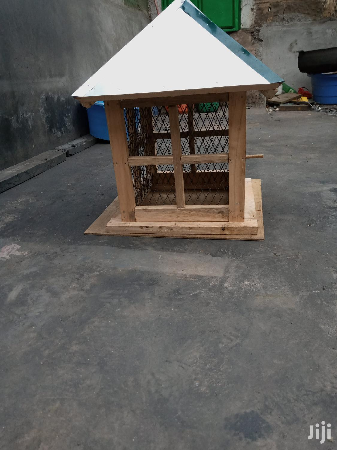Archive: Bird House/Cage