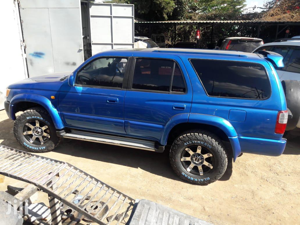 Archive: Toyota Surf 1999 Blue
