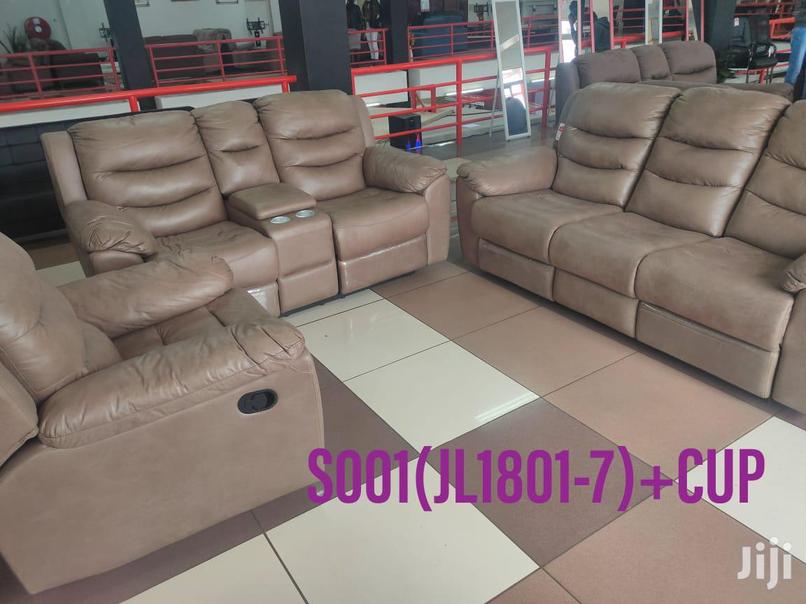 Recliner Sofas With Cupholders