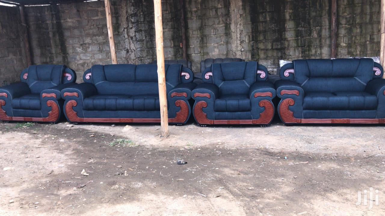 Archive: Seven Seater Sofa Set