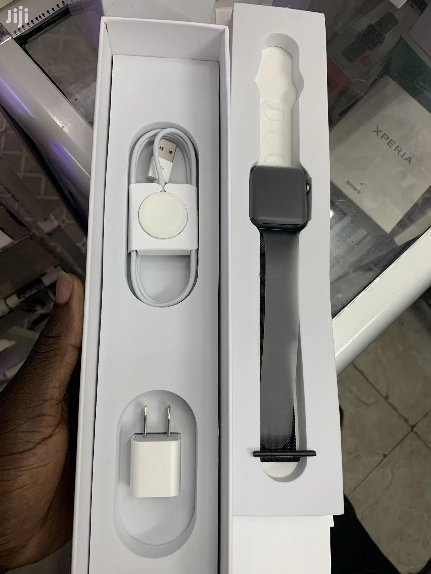 Apple Series 3 42mm
