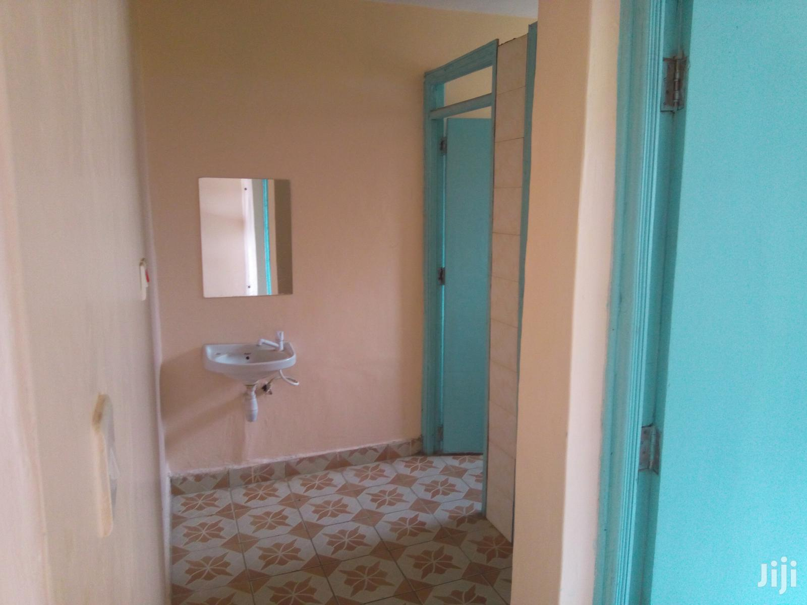 Archive: Spacious One Bedroom