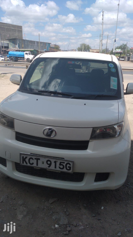 Toyota bB 2011 White