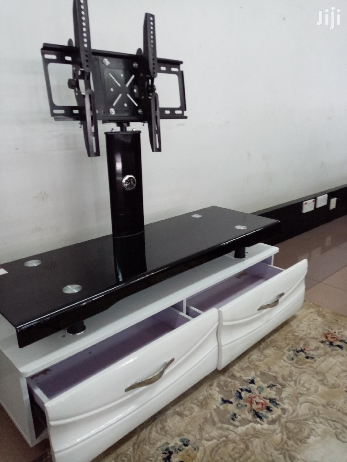 Mount TV Stand