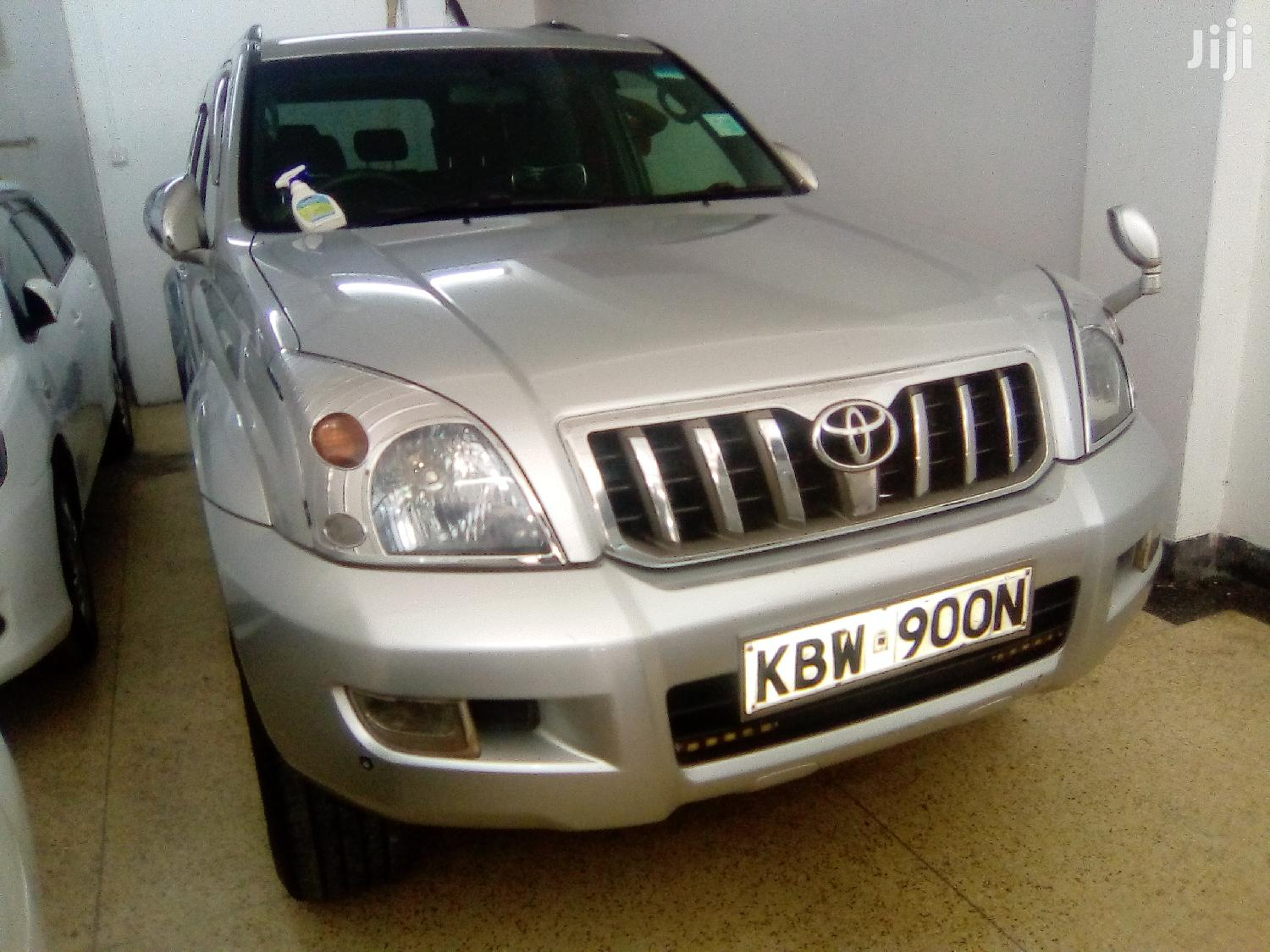 Toyota Land Cruiser Prado 2006 Gray