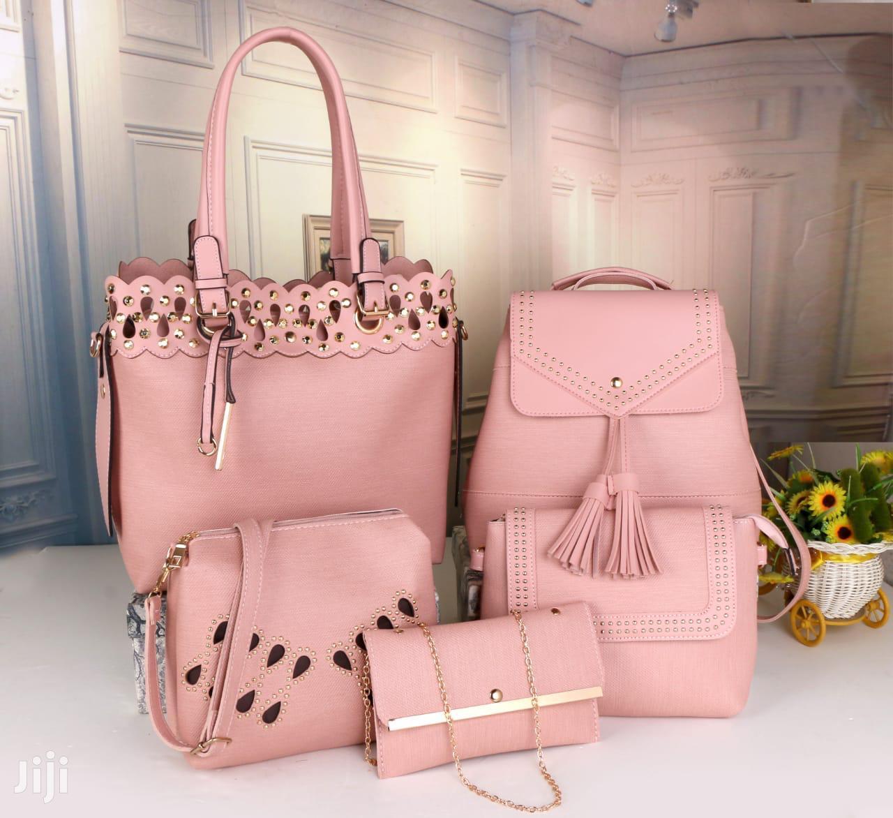 Archive: Stylish Ladies 5 in 1 Handbags