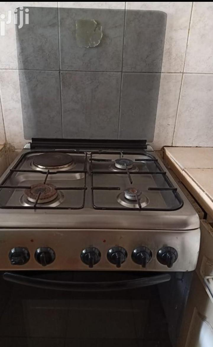 1 Electric Cooker Gas