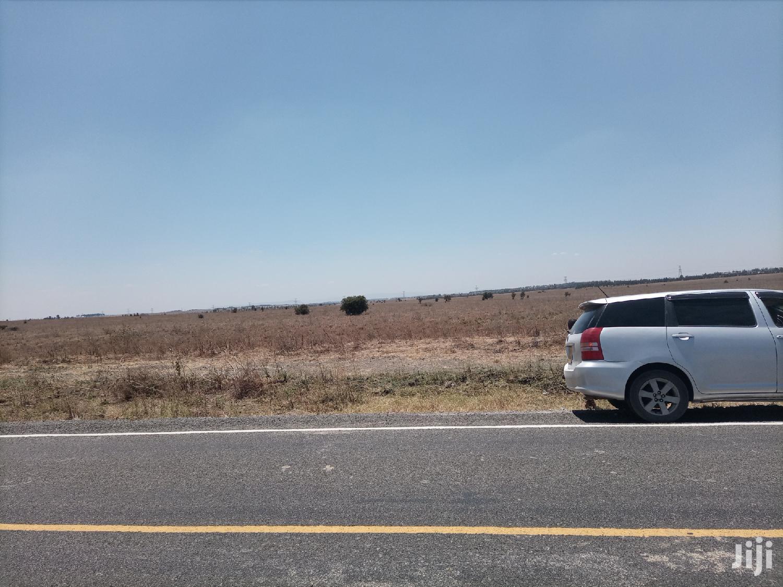 Isinya 100acres Touching Pipeline 6km at Acre Off Namanga Road