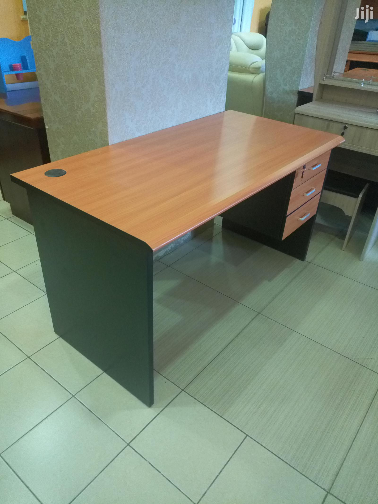 Archive: 1.4m Imported Office Desks