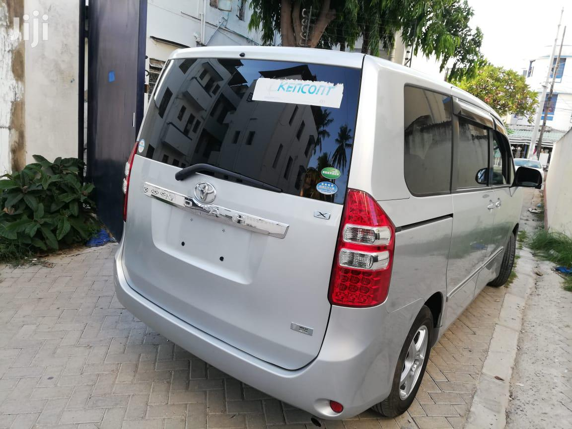 New Toyota Noah 2012 Silver | Cars for sale in Mvita, Mombasa, Kenya