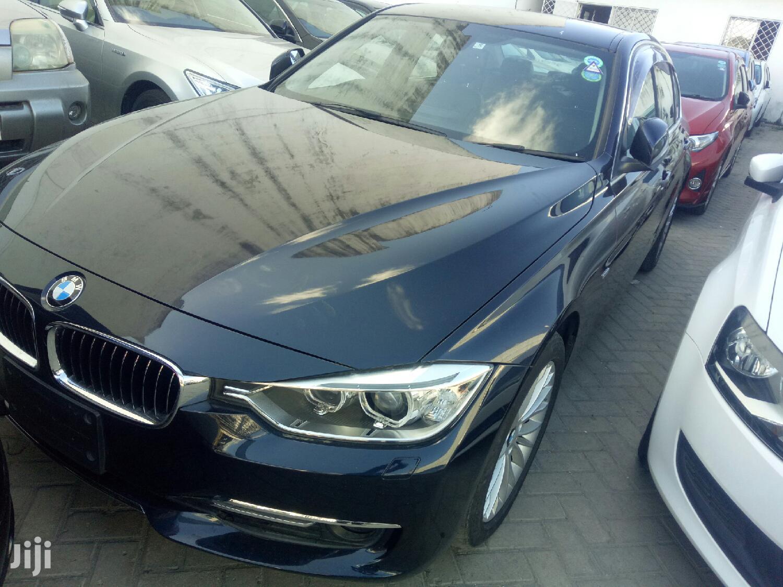 BMW 320i 2013 Blue