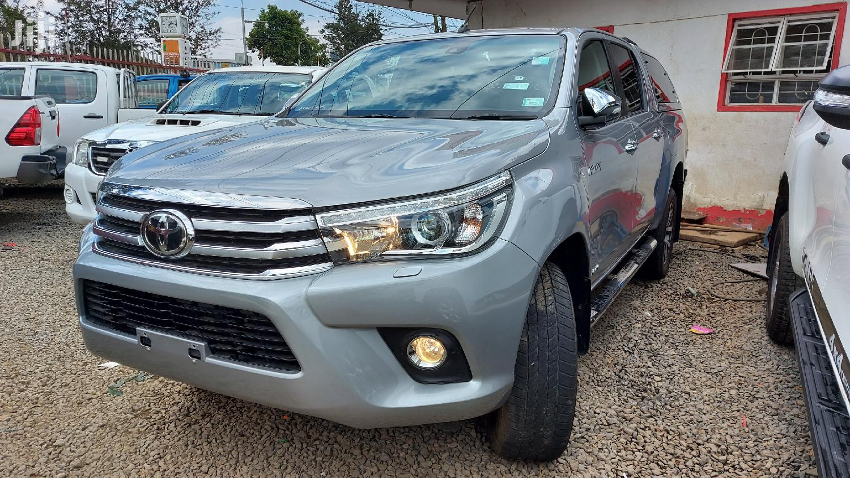 Toyota Hilux 2016 Beige