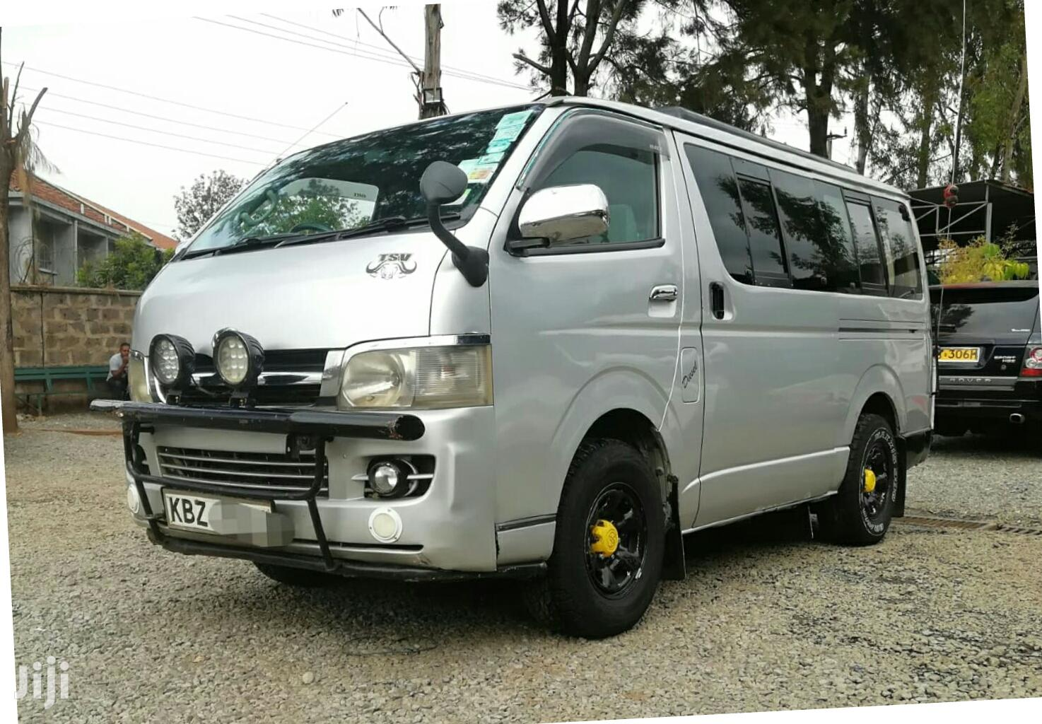 Toyota Hiace Tour Van 2007 , 2500cc Diesel With Turbo