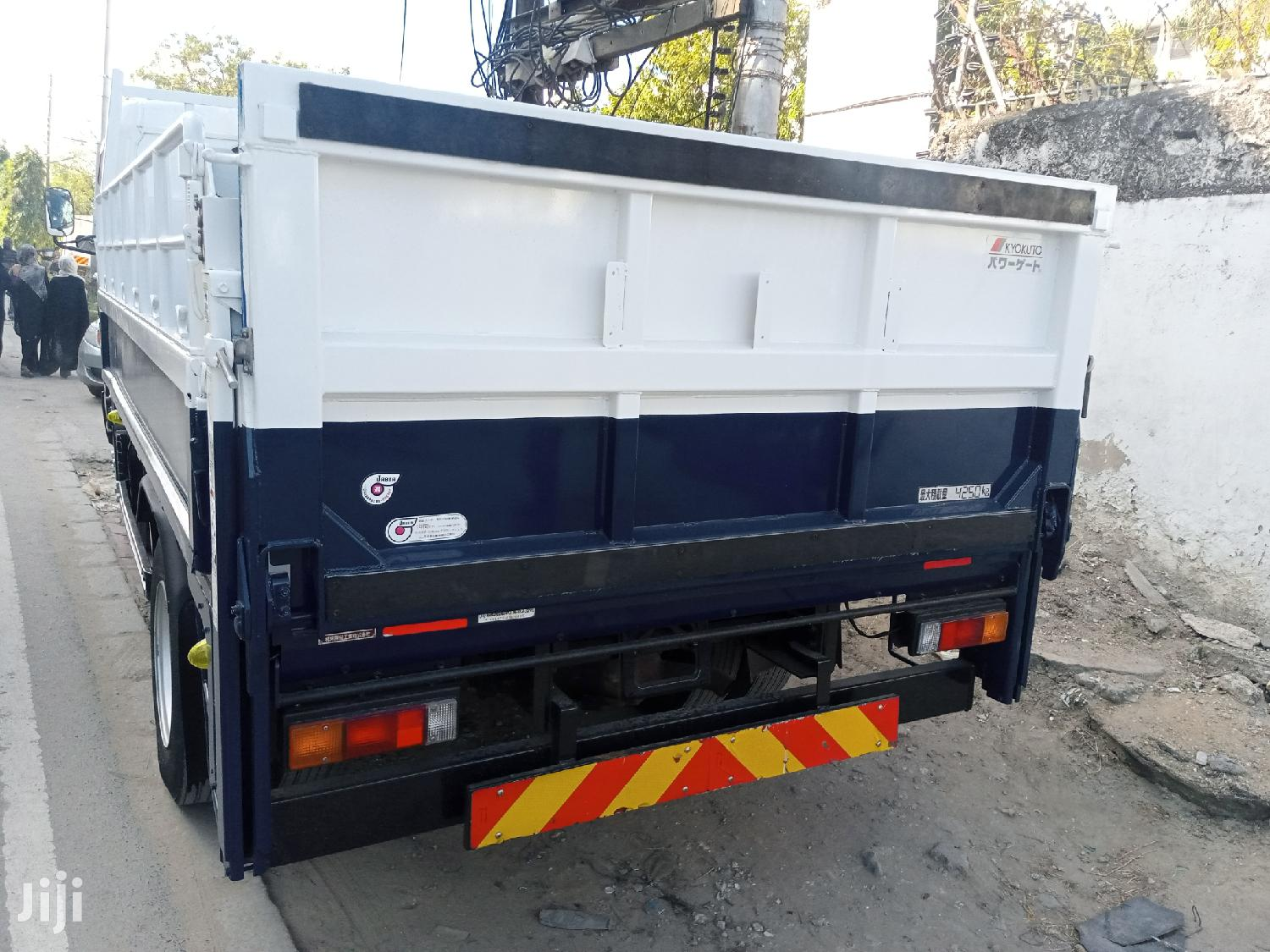Mitsubishi Canter 2014 Blue | Trucks & Trailers for sale in Mvita, Mombasa, Kenya
