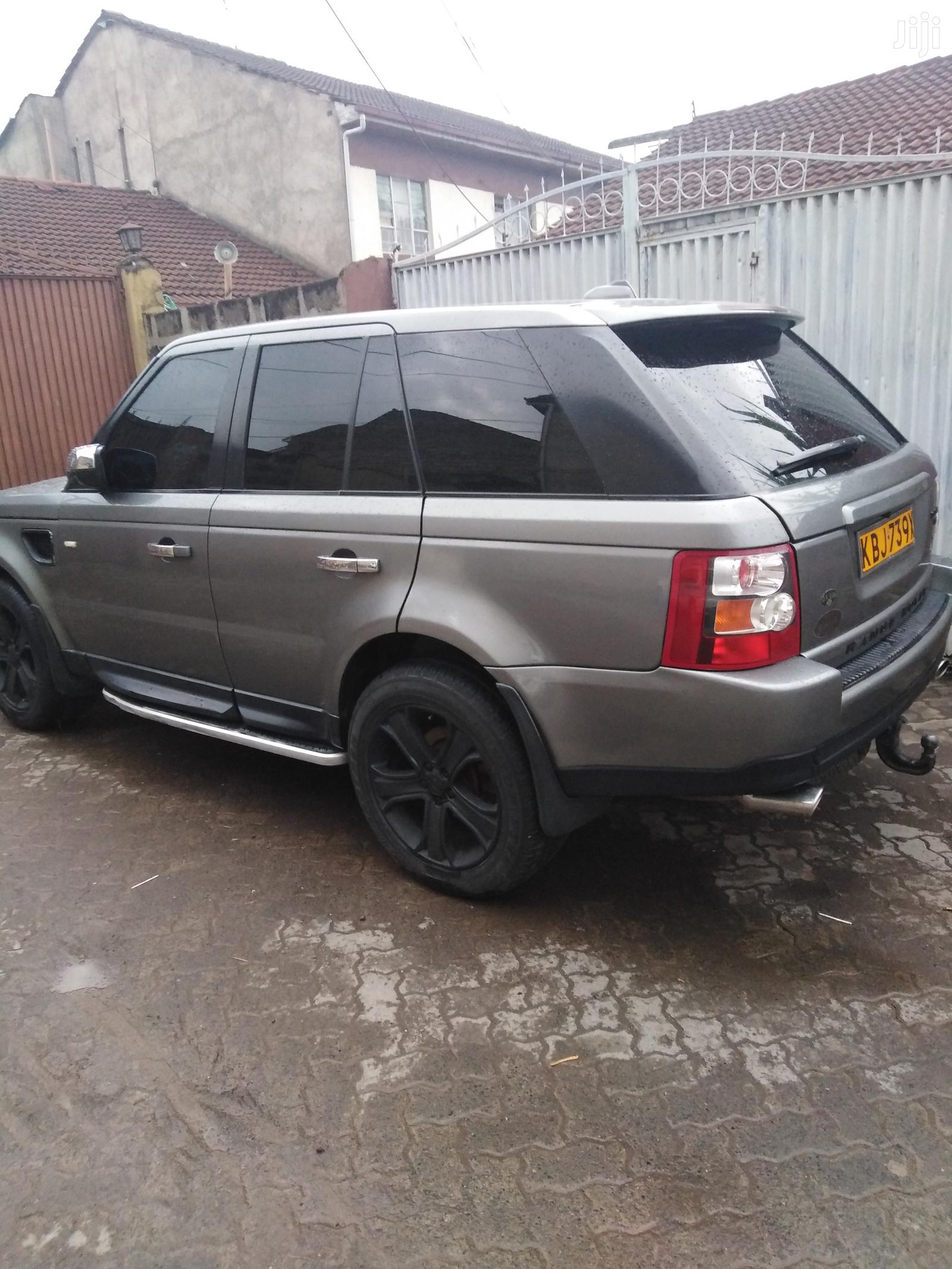 Archive: Land Rover Range Rover Sport 2006 Gray