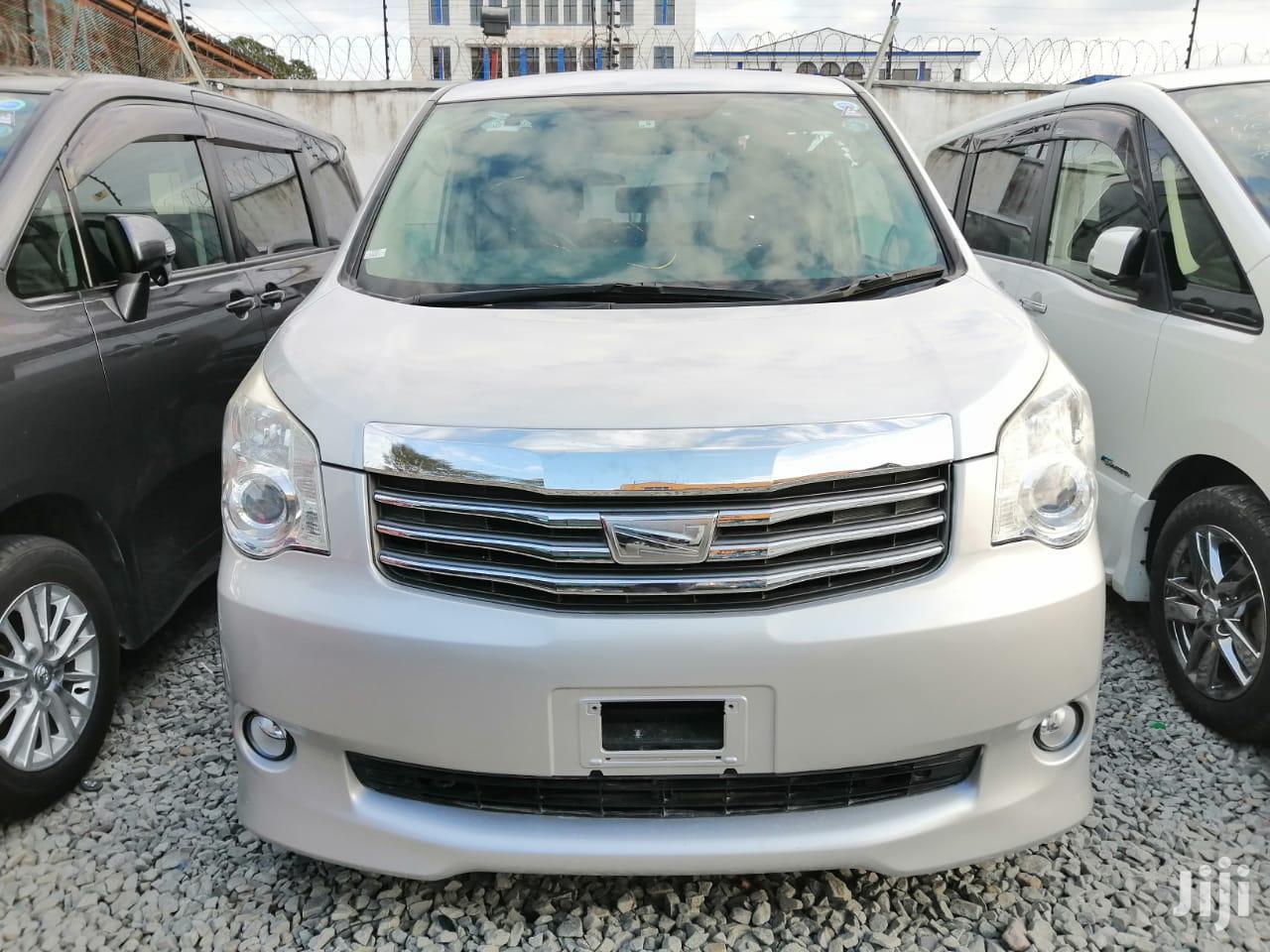 Toyota Noah 2013 Silver | Cars for sale in Mvita, Mombasa, Kenya