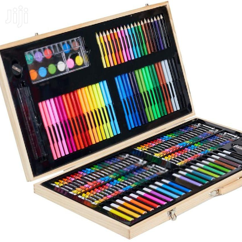 Wooden 180 Pieces Art Set