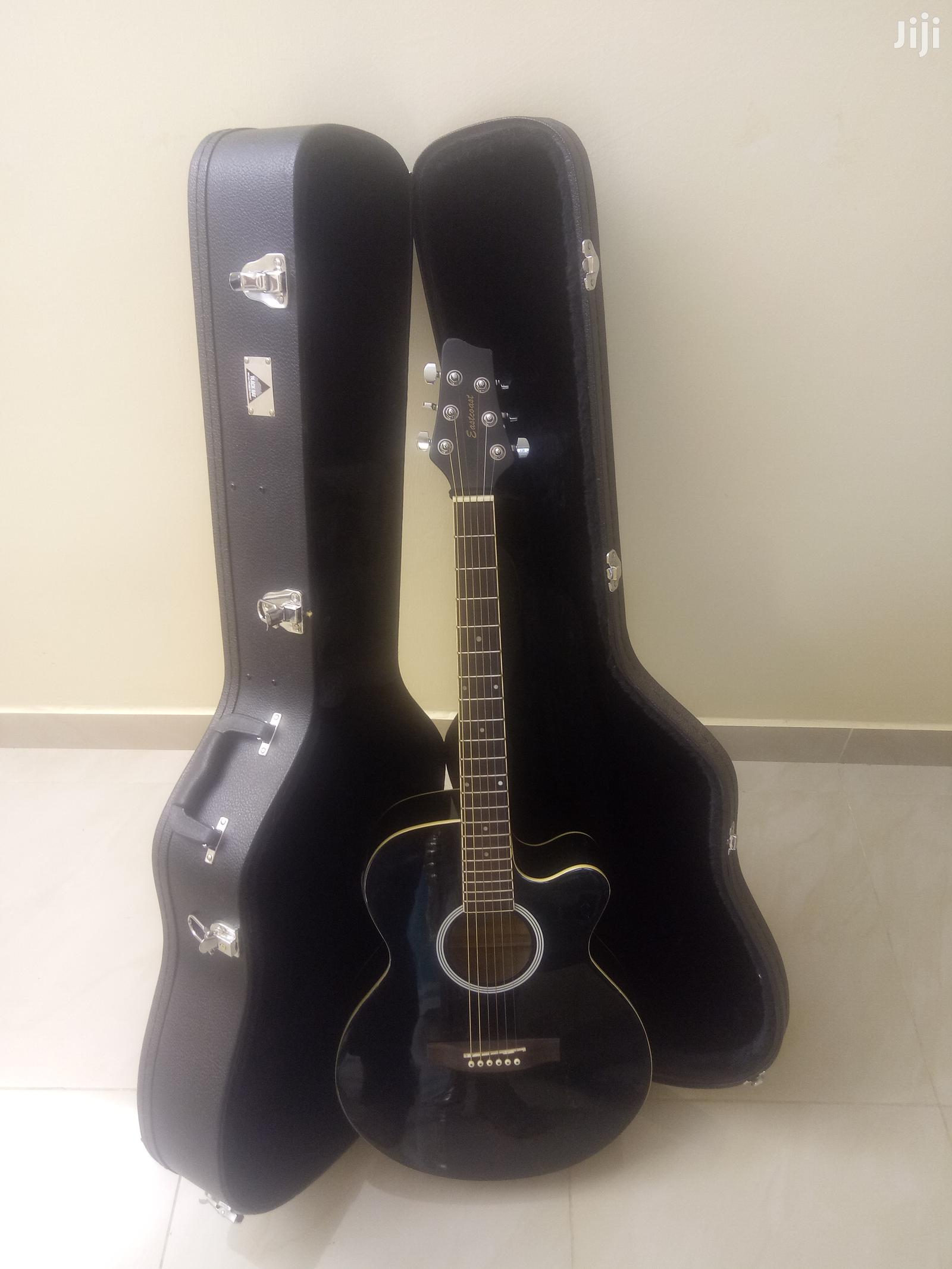 Eastcoast Semi-Acoustic Guitar With Inbuilt Tuner Black Ra