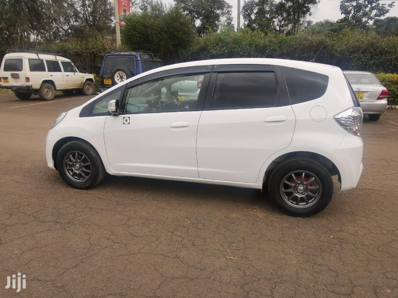 Archive: Honda Fit 2012 Automatic White