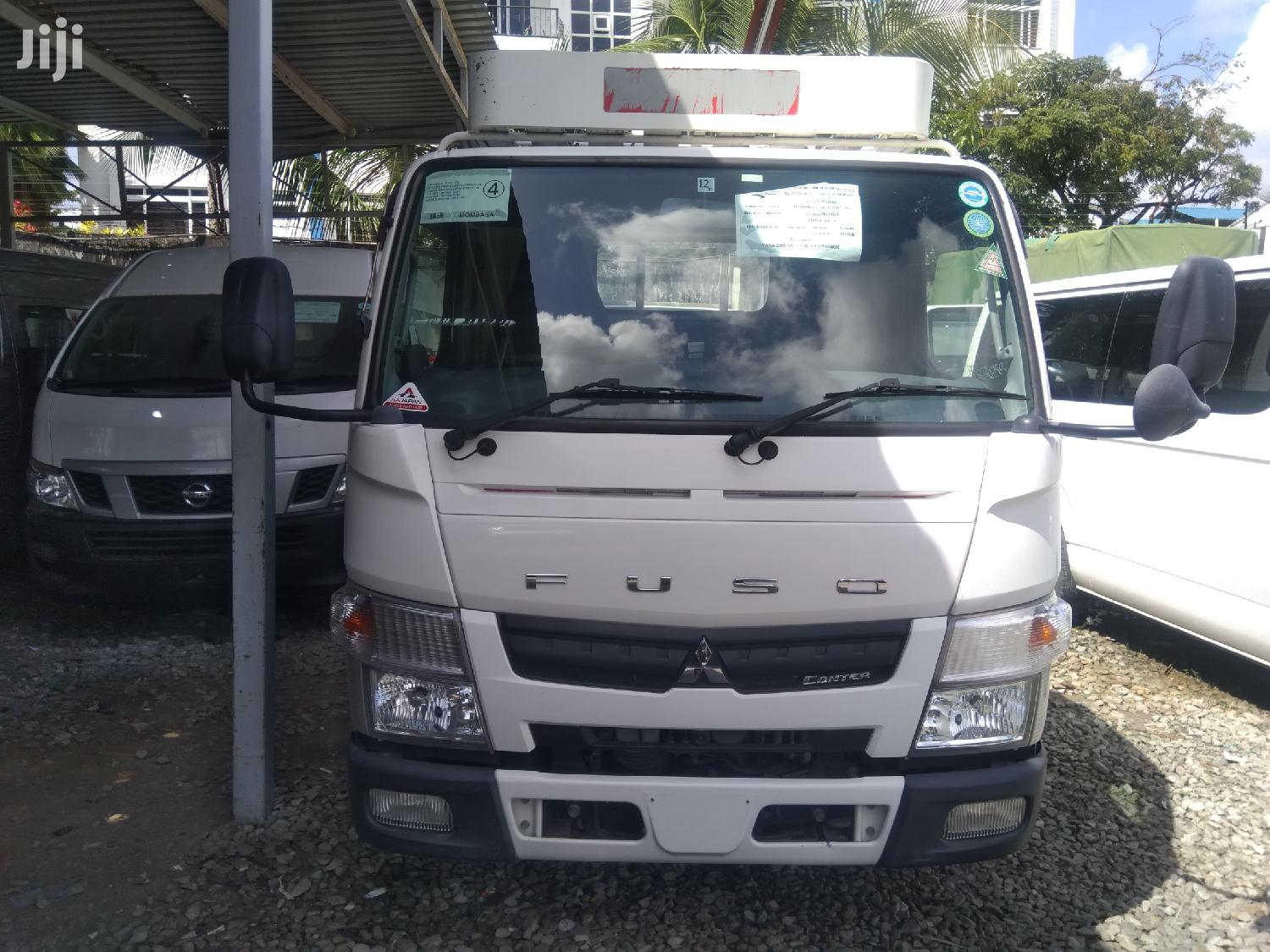 Archive: Mitsubishi Canter 2013 White
