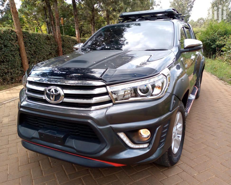 Toyota Hilux 2017 TRD Black 4x4 Black